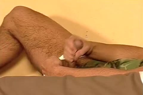 Sergents Seducing Each Other And Mouthing dicks Hard