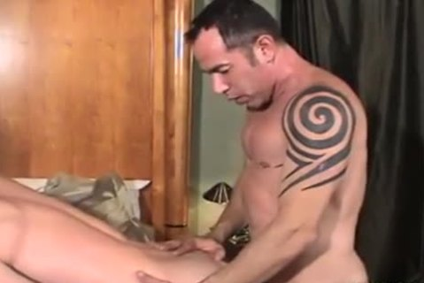 Father And Son BBC plow, suck, Kiss ,cum discharged