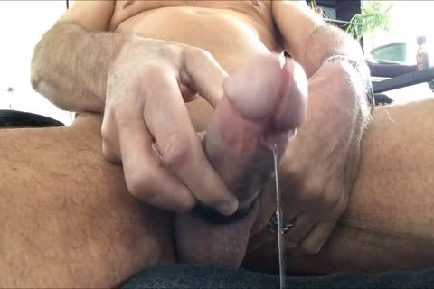 I Like To Play With My Precum With plenty of Poppers And To Share The Vid With u