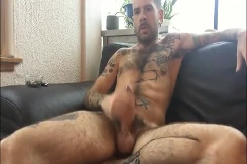 Tattooed twink Solo Action