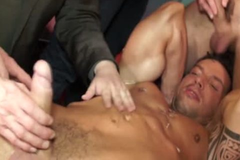 Euro Hunk Drenched In sperm During orgy