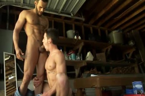 Toying pumped up Hunk came