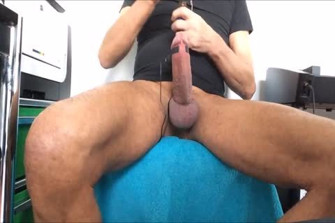 excited Poppers/urinate/precum Play