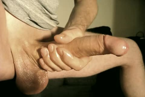 Robin Jerks His bald Oiled Uncut Monstercock137