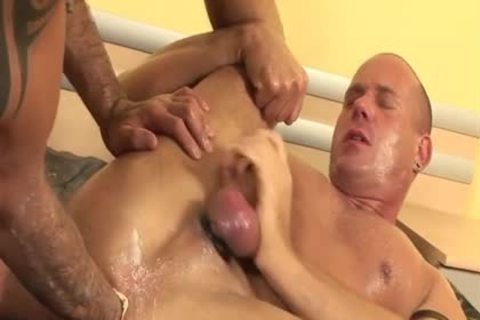 enormous 10-Pounder gay piss And cumshot
