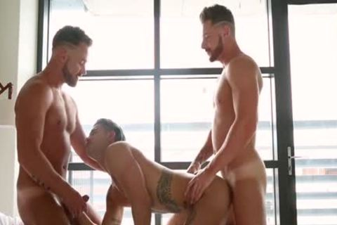 Muscle homo Flip Flop With Facial