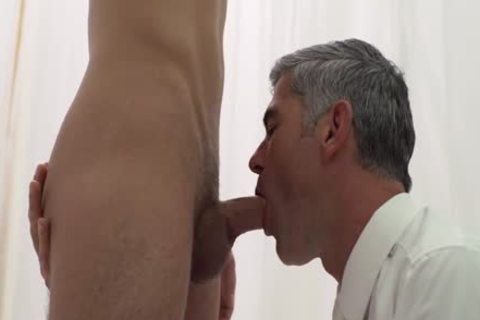 dom Daddy fucks Sub twink raw