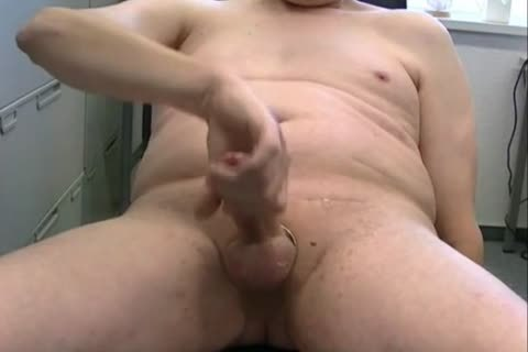 TPV - Pornmodel Tom Had A Very naughty Masturbation Session