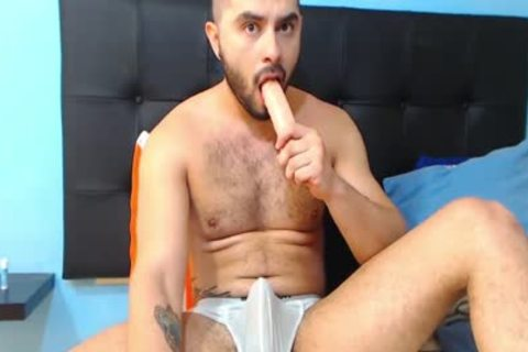 Brent Craing Violently Wanks His large Uncut dong