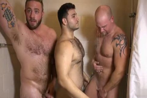Muscle gay 3some With cumshot