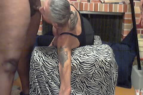 Bobbie gets poked By BBC And Face poked.mp4