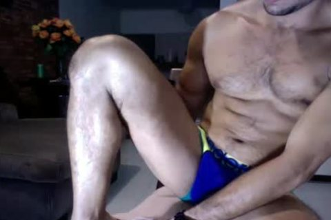 Male webcam Show out of Showing Face