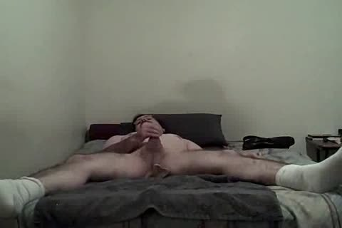 lad drubbing Himself With sex tool