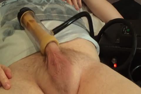 Venus 2000 jerking off/Milking Machine