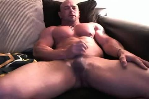 Straight Bodybuilder Sofa jack off