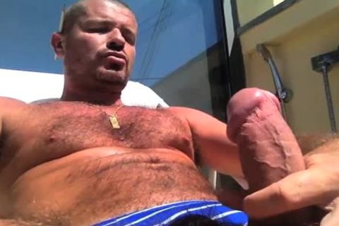 TIERY B. // PHOTO-PORNO-GRAPHER - Copyright / lovely chap Servicing And Worshiping A large dick In Summer's Heat