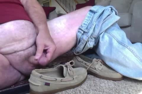 Here I'm Wearing My recent Beige Suede Sebago Docker Boat Shoes.  They truly Feel Great On My Feet And Make My wang Tingle Just Wearing 'em.  I Hope Your wang Will Do greater quantity Then Tingle As u Watch Me Show Off those tasty Boats Shoes And