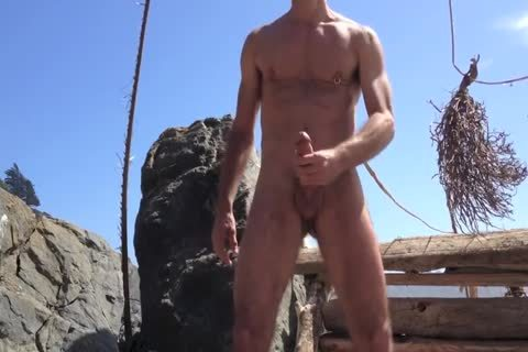 banging And jerking off And Squirting At The bare Beach