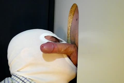 this day The 34 Year old Business lad From clip No. 37 Returned To My Gloryhole For another Suckoff. that man Has Such A good Piece Of cock To Slurp On. This Time that man acquires A Little Verbal Which I truly Love! And Of Course that man Feed