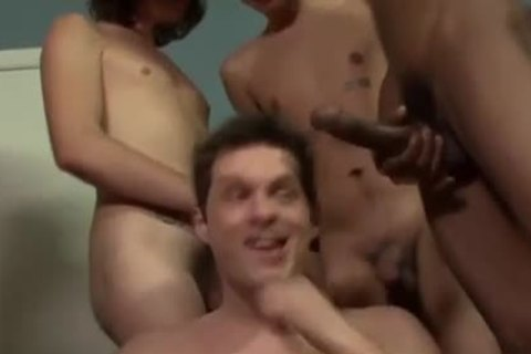 Messy interracial boyz engulfing