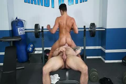 Lusty raw plow at the gym