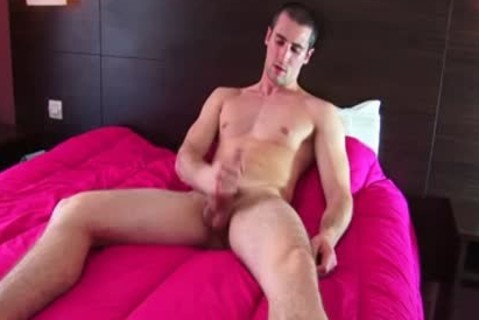 Straight lad Casting: Guillaume Serviced By A lad In Spite Of Him !
