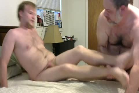 In A Last Minute Invite, WngXStpXCub Comes Over And We Enjoying blowing Each Other, anal plowing His anal, giving a kiss Etc.  In This clip Is The First Time The Cub Has Taken A 10-Pounder Up His anal And that man Handles It Like A Pornstar.  A