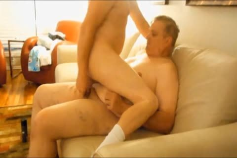 I Like Getting pounded By chubby boyz. I Like How They Use All Their Weight To Ram Their 10-Pounder In My wazoo