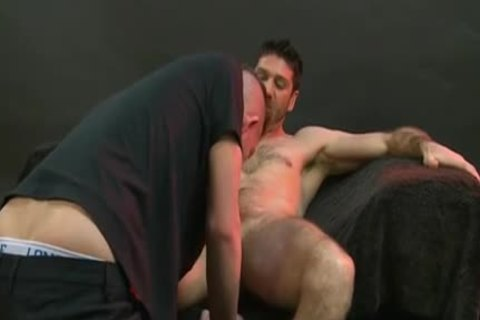 Enjoyable arsehole creampie for males