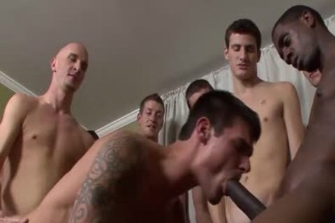 Tall Hunk acquires His darksome gap hammered Barebacked