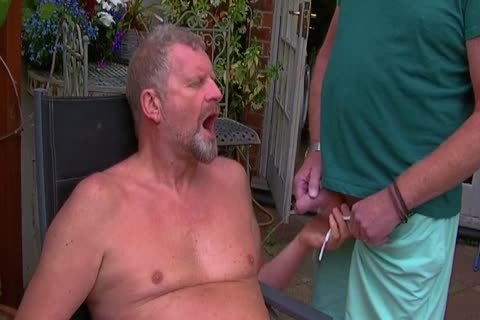 David Comes Over For Some enjoyment In The Garden And In The Bedroom Too And I acquire His large weenie In My arsehole Hoooo Did It Feel nice