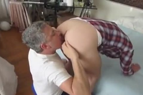 large 10-Pounder twink With His Daddies