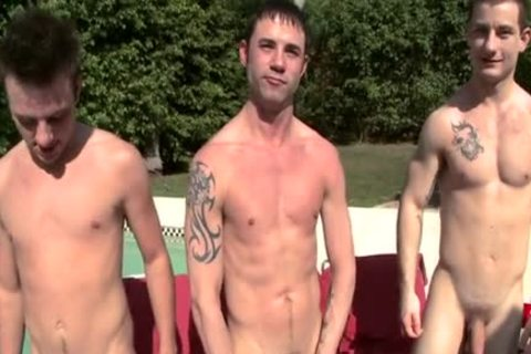 French twinks slam by the pool