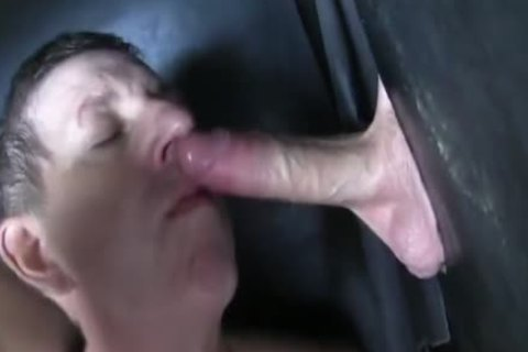 Super thick Uncut 10-Pounder straight Aussie Max get's Sucked Off At The Gloryhole.