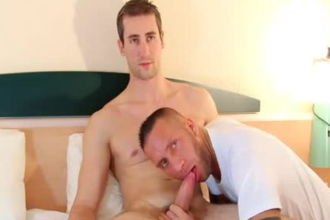 A blameless Straight Delivery lad Serviced His large penis By A lad!