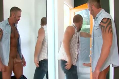 Buff Bear hammers arsehole - BoyFriendTVcom
