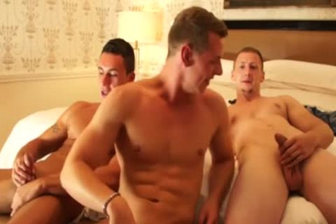 European males Cocksucking And stroking