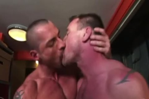 homo Sex Kiss Compilation 2