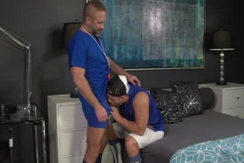 Muscly Young Hung Oversexed gay weenie Rides The Dilf trainer In His Pooter