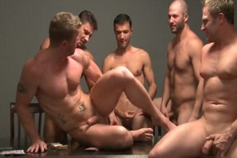 Gay pooper banging action with juicy cream