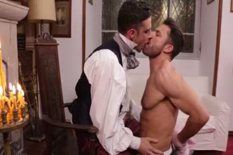 Sexy Tattooed Gay Dude Gets Cock Sucked 1