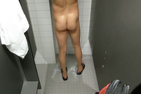 Married oriental Jerk-off At A Gym Shower