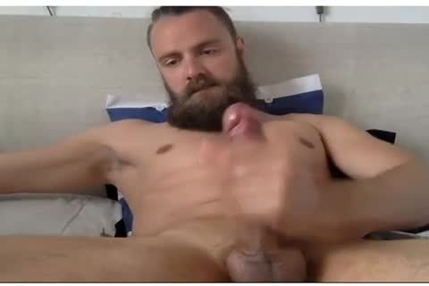 Muscle bearded chap cums on web camera