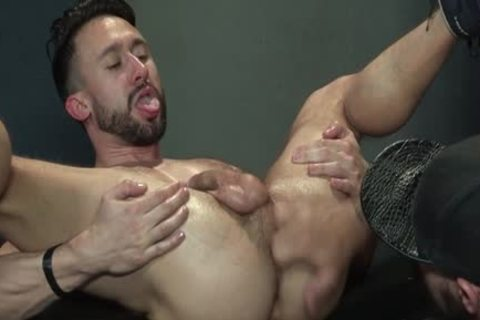 Muscle Bear Foursome And goo flow