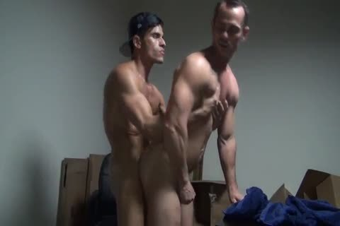 Owen Hawk & Rafael Carreras nailing Hard