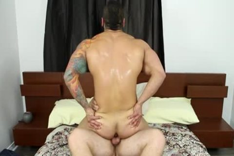 Muscle gay oral-service And spunk flow