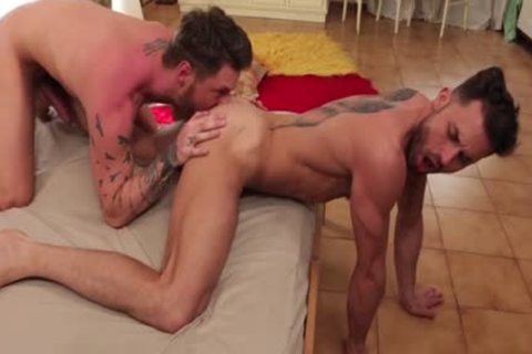 Lewd guy soothed by hard cock in condom
