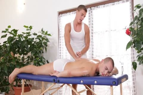 gay.Massage.DVDRiP.xXX(01h07m40s-01h36m10s)