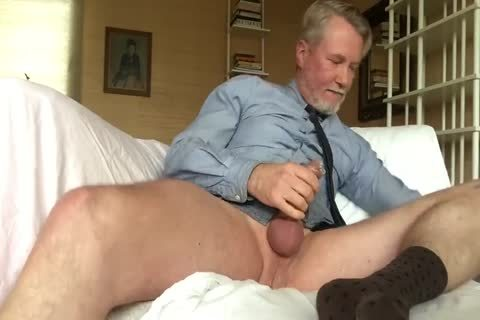 Suited Daddy vibrator Jerkoff