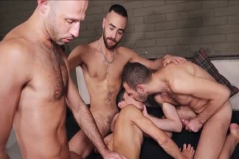 bareback - bare bunch-sex